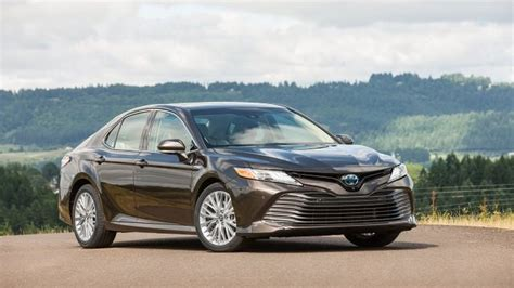 Watch Now  2019 Toyota Camry Hybrid Preview, Pricing