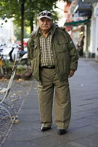 An Old Man Who Always Wears the Hippest Outfits! (29 pics) - Izismile.com