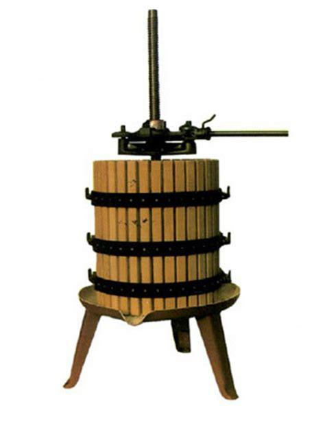 torchio  cricco  spremitura  vinacce marinaz
