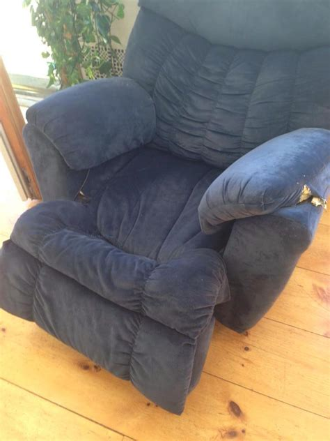 side by side recliners how to fix a recliner that leans to one side cuddly home