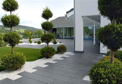 beton pour cour exterieure amenagement exterieur terrasse maison obasinc