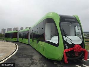 First railless train unveiled in CRRC Zhuzhou_Home_CRRC