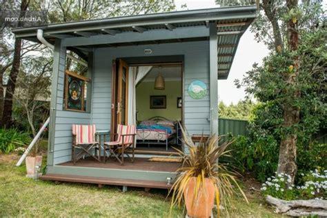 amenager un abri de jardin transformez votre abri de jardin en v 233 ritable espace de vie abri de jardin et piscine le