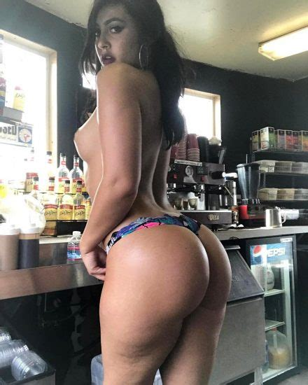 Melinabum Nude Sexy Snapchat Photos Scandal Planet