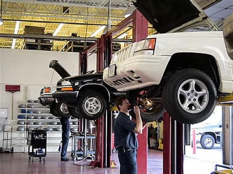 Things To Consider While Choosing Auto Repair Shop