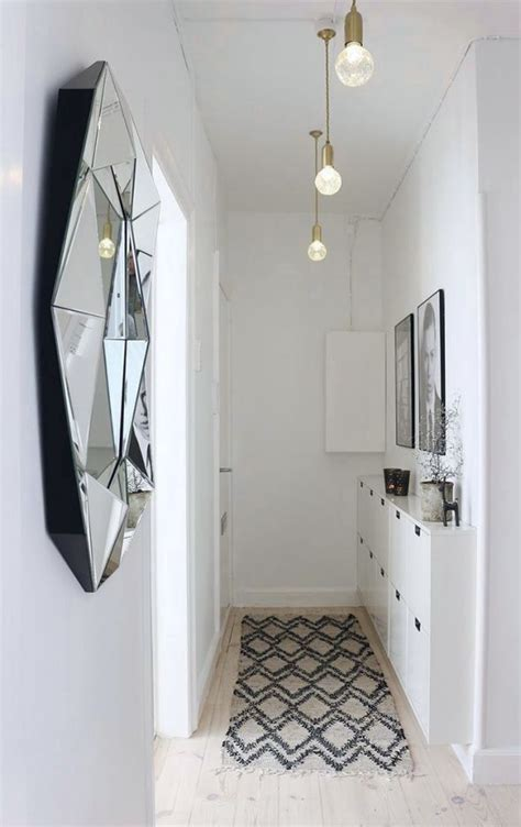pinterest ideas for halls of small hotels 5 tips to decorate a small hallway kreavilla house