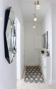 5, Tips, To, Decorate, A, Small, Hallway