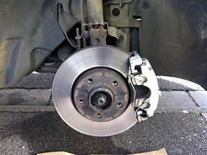 Quand Changer Les Plaquettes De Frein : comment changer plaquette de frein avant megane 3 automobiles pneus roues ~ Medecine-chirurgie-esthetiques.com Avis de Voitures