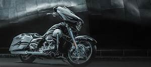 Cvo Street Glide : harley davidson cvo model line offers super customized style ~ Maxctalentgroup.com Avis de Voitures