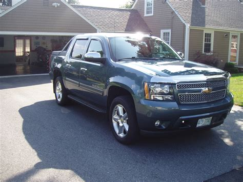 jeep avalanche 2010 chevrolet avalanche overview cargurus