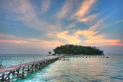 pantai wisata  jawa tengah   dikunjungi