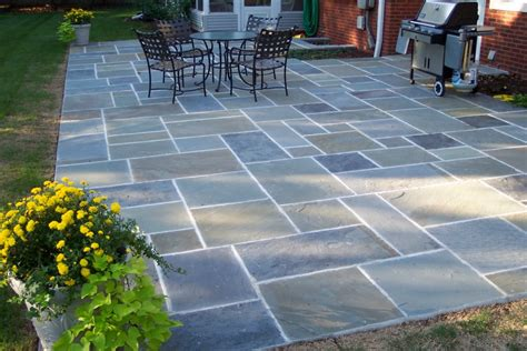 color pattern bluestone flagstone great lakes