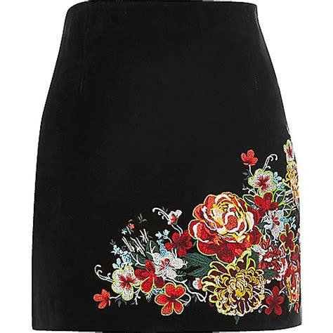 Black suede embroidered mini skirt - mini skirts - skirts - women