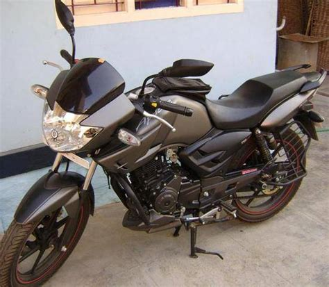 Tvs apache rtr 160 4v is full of amazing looking sports bike. SELLING MY TVS APACHE APRIL 2009 MODEL 160CC SPORTY BIKE FOR SALE from chennai Tamil Nadu ...