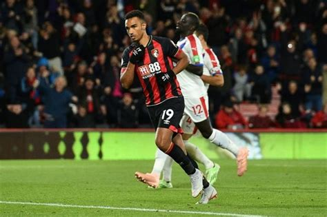 Bournemouth leave it late as Stanislas sinks Palace ...