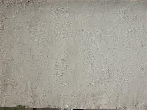 Gestrichene Wand Verputzen by Image After Photos White Painted Wall Plaster Smooth