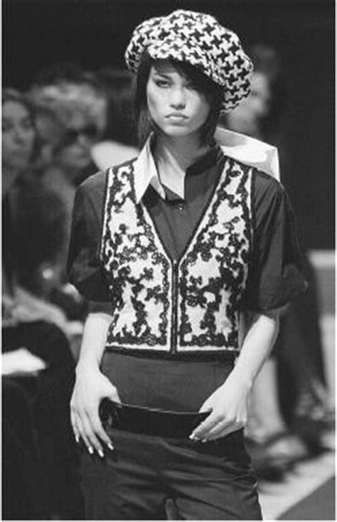 karl lagerfeld fashion designer encyclopedia clothing