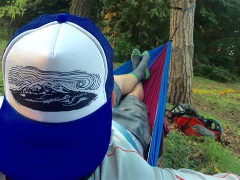 Hammock Backpacking Tips by 10 Tips For Hammock Cing Cloudline Apparel