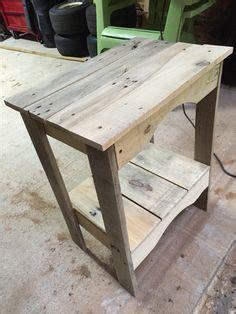 Table Et Chaises En Palettes Recyclées Wood Pixodium Un Mange Debout En Bois De Palettes Recyclées Mobilier