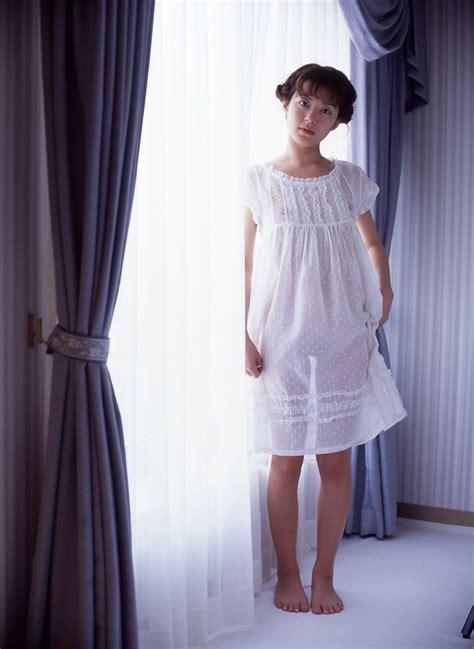 Nozomi Kurahashi Picture