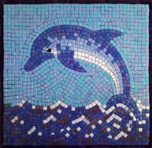 Glass mosaic dolphins Judit Hollo - Interior Design