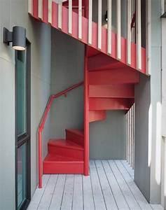 Peindre Escalier En Bois : peindre un escalier en gris et blanc 28 images comment ~ Dailycaller-alerts.com Idées de Décoration