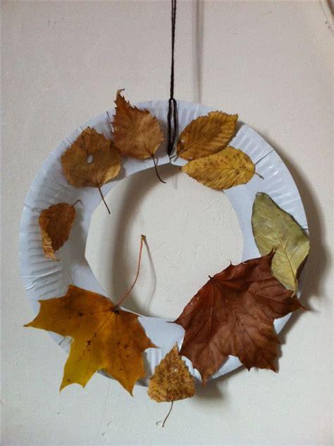 autumn wreath paper plate toddler craft