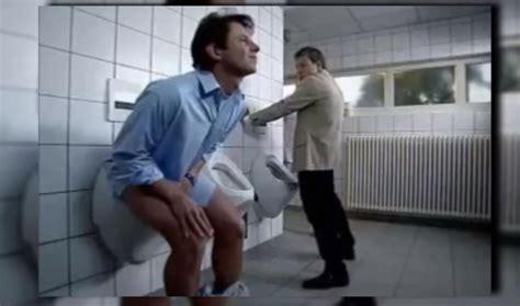 fille de salle en milieu hospitalier uriner debout ou assis 28 images avec azergo vous pouvez travailler assis assis debout ou