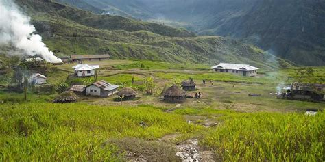 kabupaten yahukimo badan penghubung daerah provinsi papua