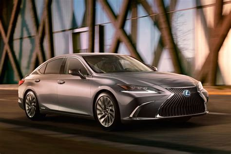 are the 2019 lexus out yet 2019 lexus es i m not a grille not yet a sedan news