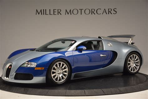 Introduced for the 2013 model year, the grand sport vitesse was a targa top version of the veyron super sport.featuring the same 1,184hp 8.0l quad turbo w16 engine as fitted to the super sport, the veyron grand sport vitesse was the fastest open top production car in the world during its production. Blue and Silver 2008 Bugatti Veyron For Sale - GTspirit
