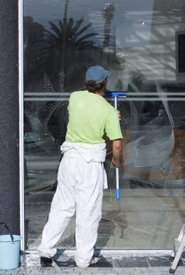 average income   window washing company owner