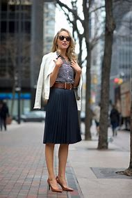 What to Wear a Blouse with Pleated Skirt