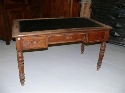 bureau louis philippe bureau louis philippe noyer meuble ancien albert antiquité