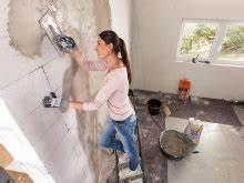 Feuchte Wand Verputzen : so verputzen sie eine wand ratgeber bauhaus sterreich ~ Frokenaadalensverden.com Haus und Dekorationen