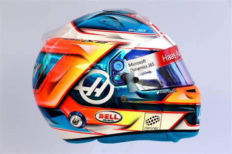 les casques  des  pilotes de  france racing