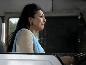 Yeh Hai Mohabbatein: Ishita Escapes Bomb Blast, Loses ...