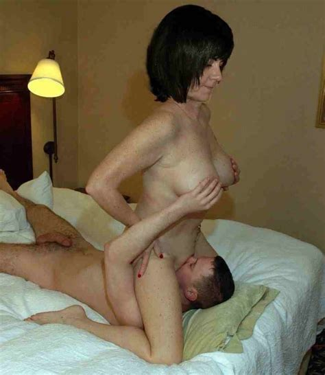 Milf Sitting On A Young Guy Facesitting Luscious