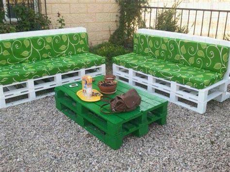 muebles  el jardin hecho de palets muebles