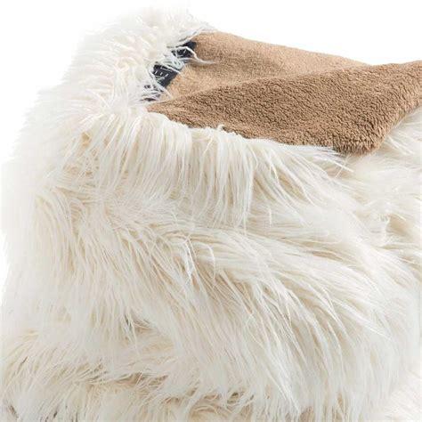 plaids fausse fourrure pour canap plaid de luxe blanc en fausse fourrure par ligne