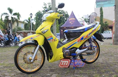 Supra Thailook by Modifikasi Supra X125 2006 Palembang Hadirkan Konsep