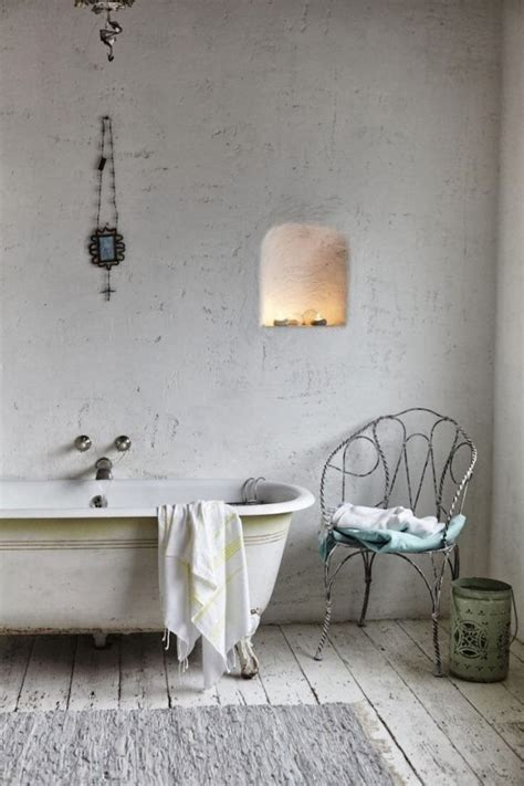 White Shabby Chic Bathroom Ideas by 18 Bathrooms For Shabby Chic Design Inspiration