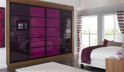 chambre couleur violet les portes de placard on vous donne 45 idées en photos