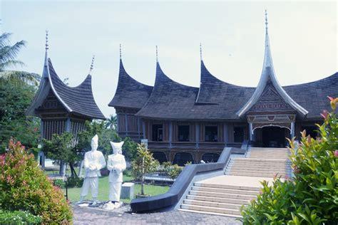 rekomendasi tempat wisata sumatera barat kelanaku