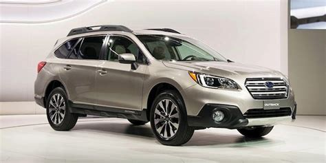 older subaru outback 5 ways the new 2015 subaru outback trumps the outgoing