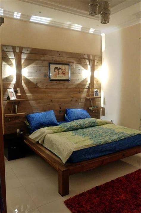 diy pallet bed  wall headboard lamps shelf easy pallet ideas