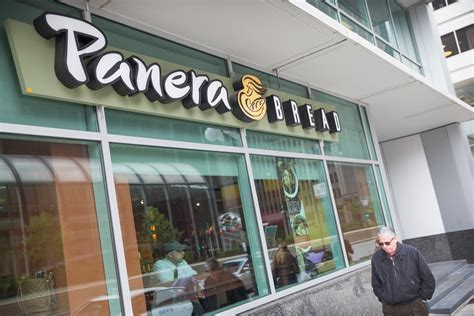 Panera Wants To Hire 10,000 People This Year