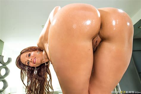 Big Wet Butt Milf Syren De Mer Hot Upcoming Scene Morefunforyou