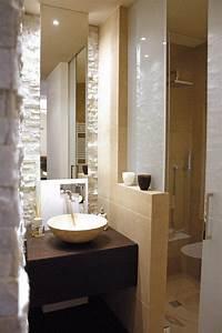 petite salle de bains 47 idees inspirantes pour votre With idees amenagement salle de bain