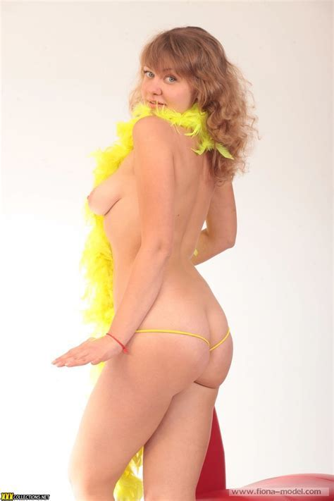 Evie Model Sets Hot Girls Wallpaper